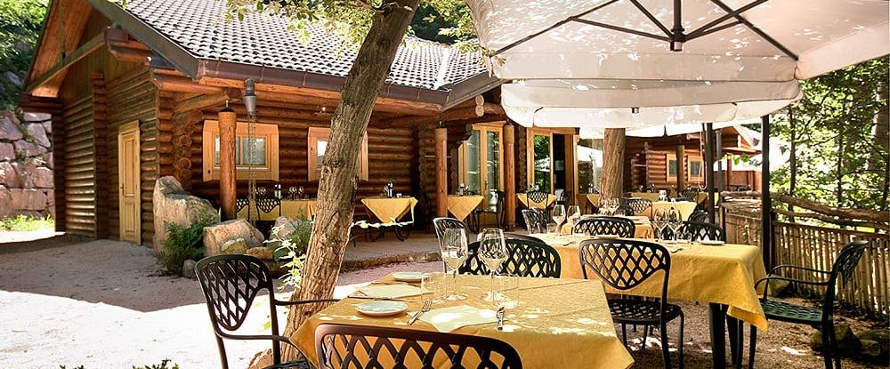 Nv 806 - Ristorante con tavoli all aperto roma ...