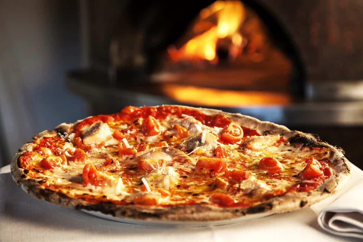 La Domenica sera per i bambini la pizza è GRATIS!